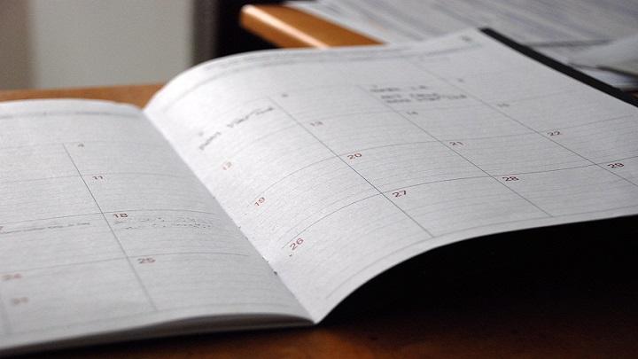 一週間の始まりは日曜?月曜?日曜始まりで考えたほうが人生幸せになれる説