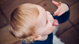 赤ちゃんの離乳食の手づかみ食べに便利なグッズをまとめてみました
